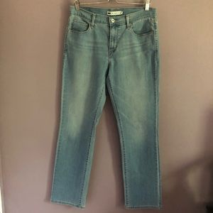 Levi's 505 Straight Leg Light Wash Jeans Size 10